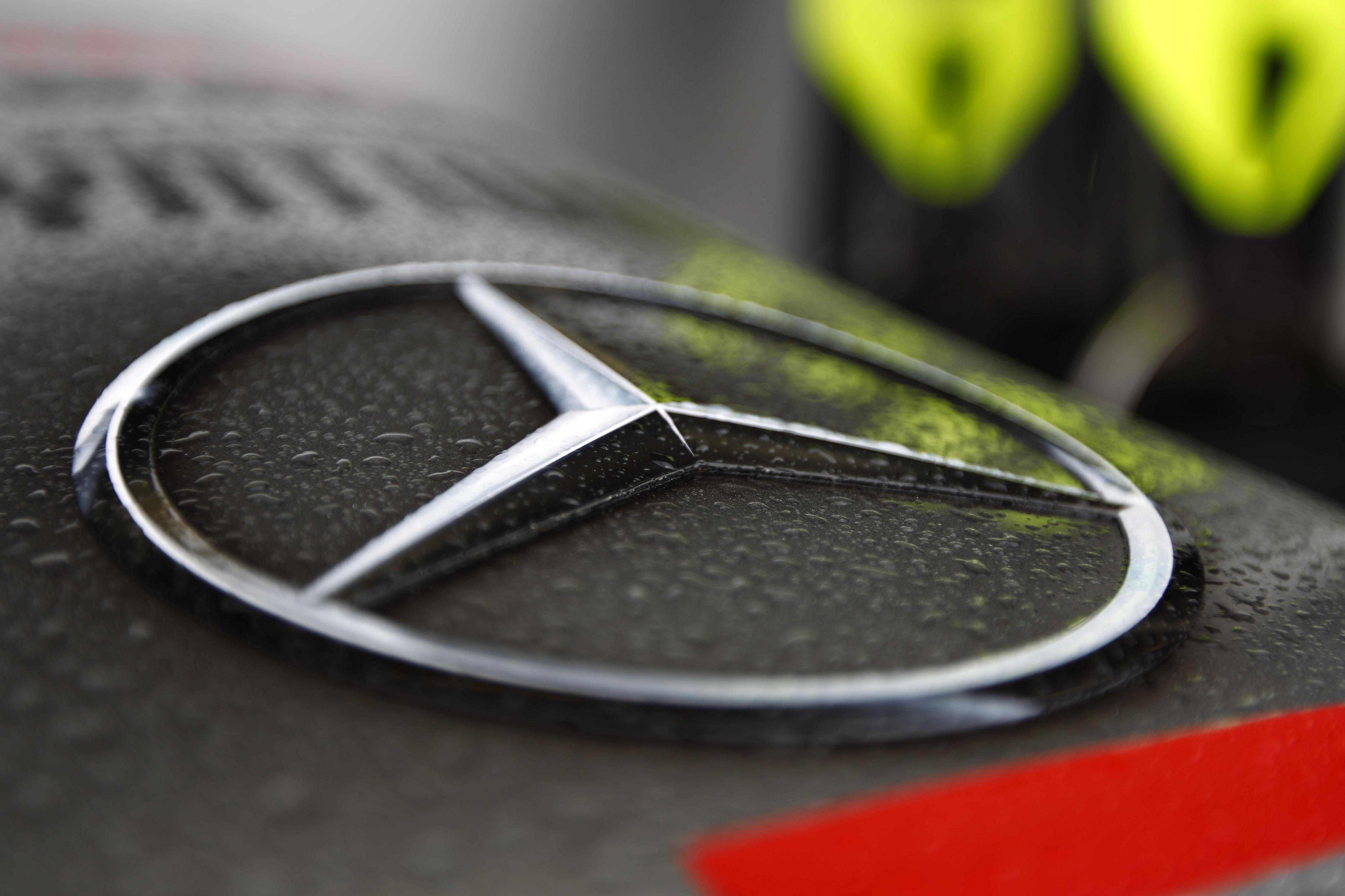 Mercedes - Equipes de F1 - foto by motorsportpress.com